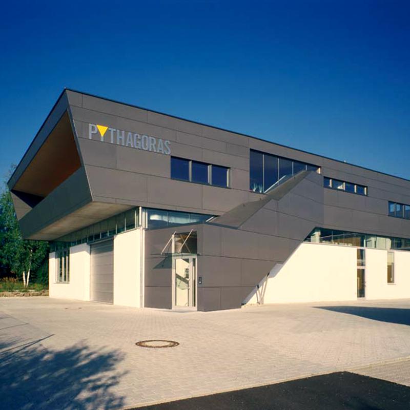Pythagoras-Aussenansicht.png